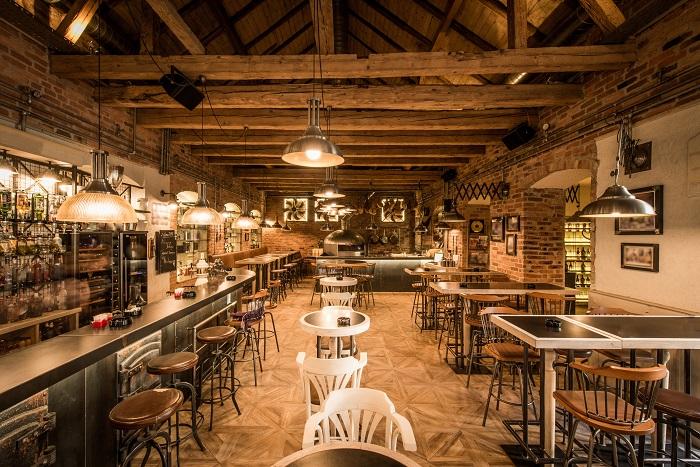 deco restaurant vintage