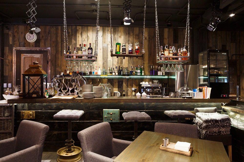 Comptoir de bar : comment bien le choisir ?
