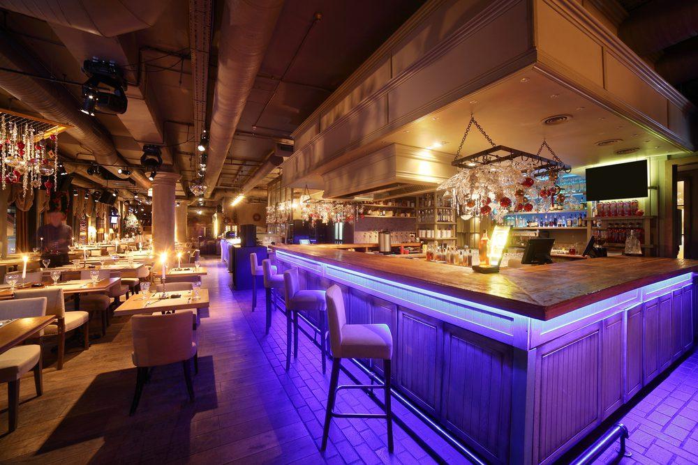 Quel mobilier pour un bar design ?