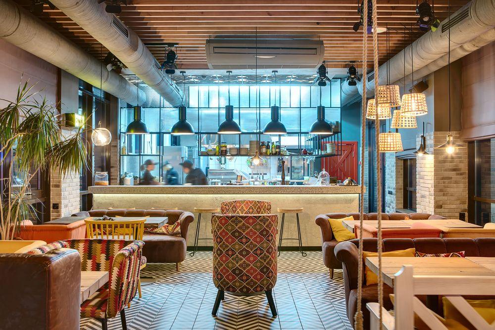 Matériel CHR : comment équiper tout votre restaurant rapide ?