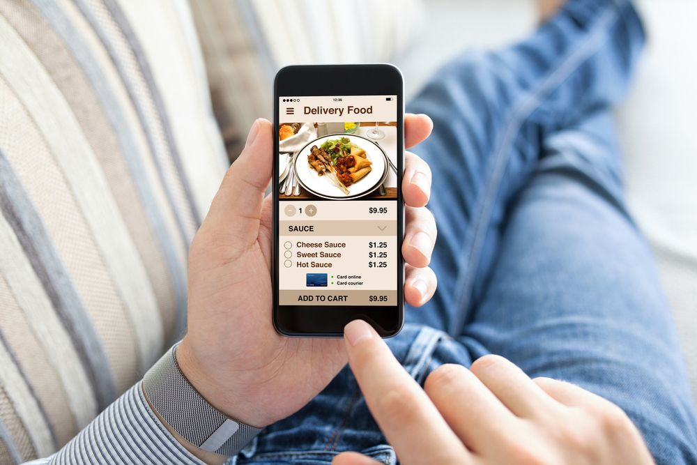 commande-en-ligne-restaurant-smartphone