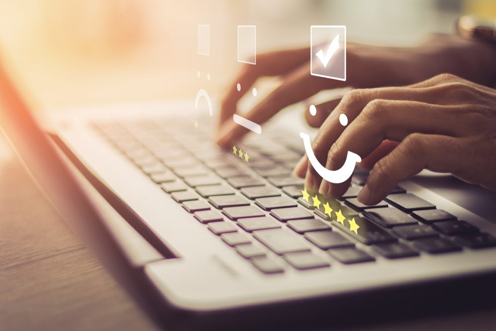 L'importance de répondre aux avis en ligne